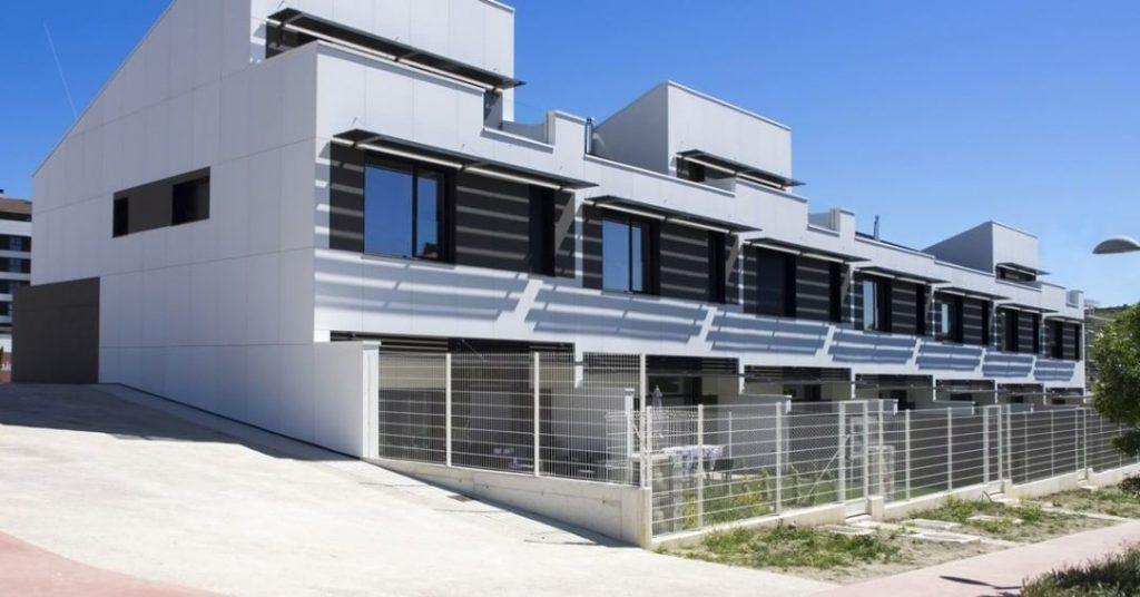 با نمای فایبرسمنت ساختمان خود را بیمه کنید